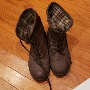 Shoes - ❤Brown Combat Boots❤
